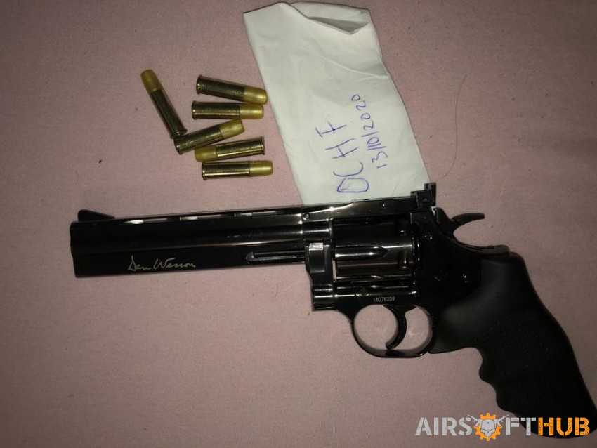 Dan Wesson Revolver - Used airsoft equipment