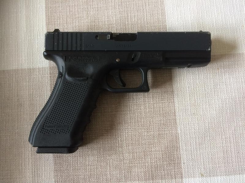We Glock 17 Gbb Airsoft Pistol Buy Sell Used Equipment Air Soft Gun