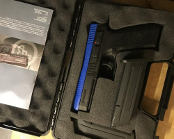 ASG CZ-PO9 w/ extra mag + case - Used airsoft equipment