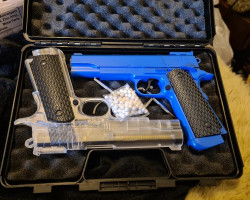 Two co2 pistols ... 1911 - Used airsoft equipment